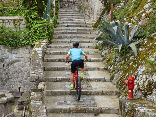 WM-Vorbereitung WES Monaco, Nathalie Schneitter, Powerfly, E-Mountainbike