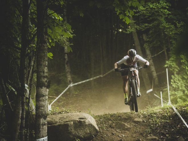 E-Bike Weltmeisterin Nathalie Schneitter, in Action an der E-Mountainbike WM Canada, auf einem Trek Rail