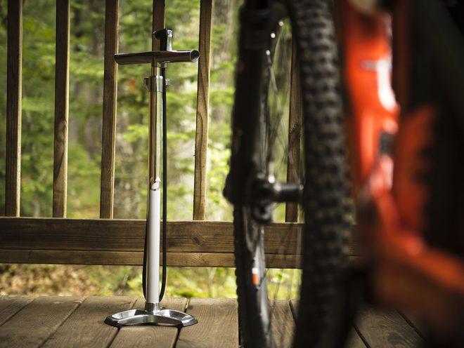 How to pump up your bike tires - Trek Blog   Trek Bikes