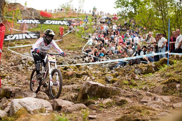 Tracy World Enduro Champion for Trek World Racing