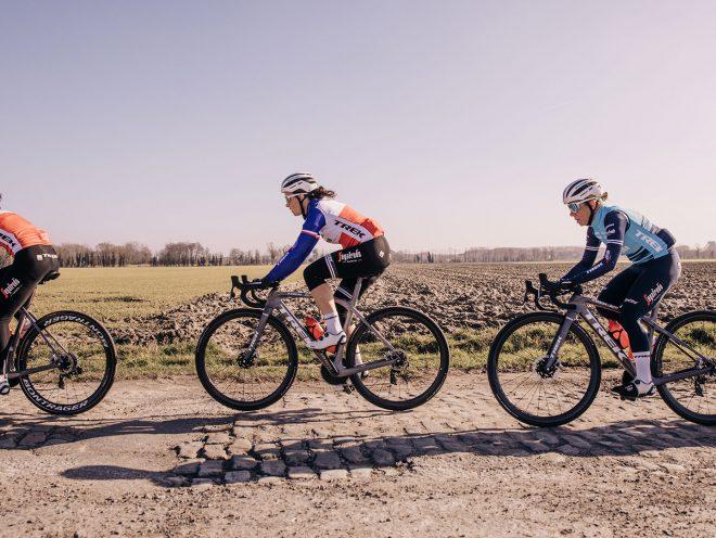 Trek-Segafredo rensters op verkenning