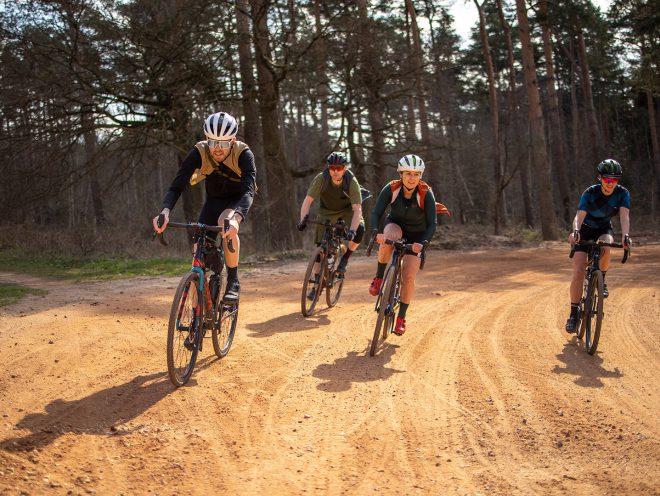 4 vrienden gravelen in Limburg