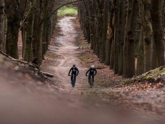 Maarten en Thijs op de MTB route Ede